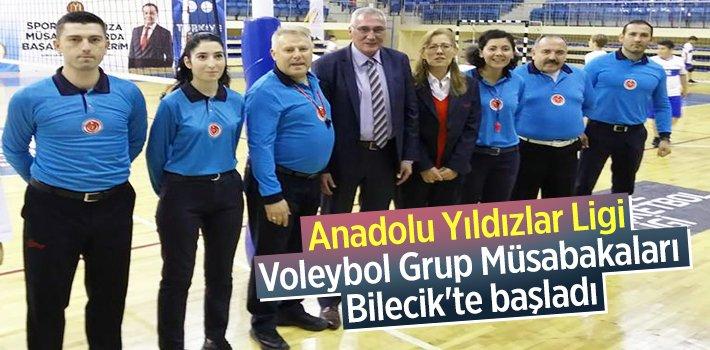 Anadolu Yıldızlar Ligi Voleybol Grup Müsabakaları Bilecik'te başladı